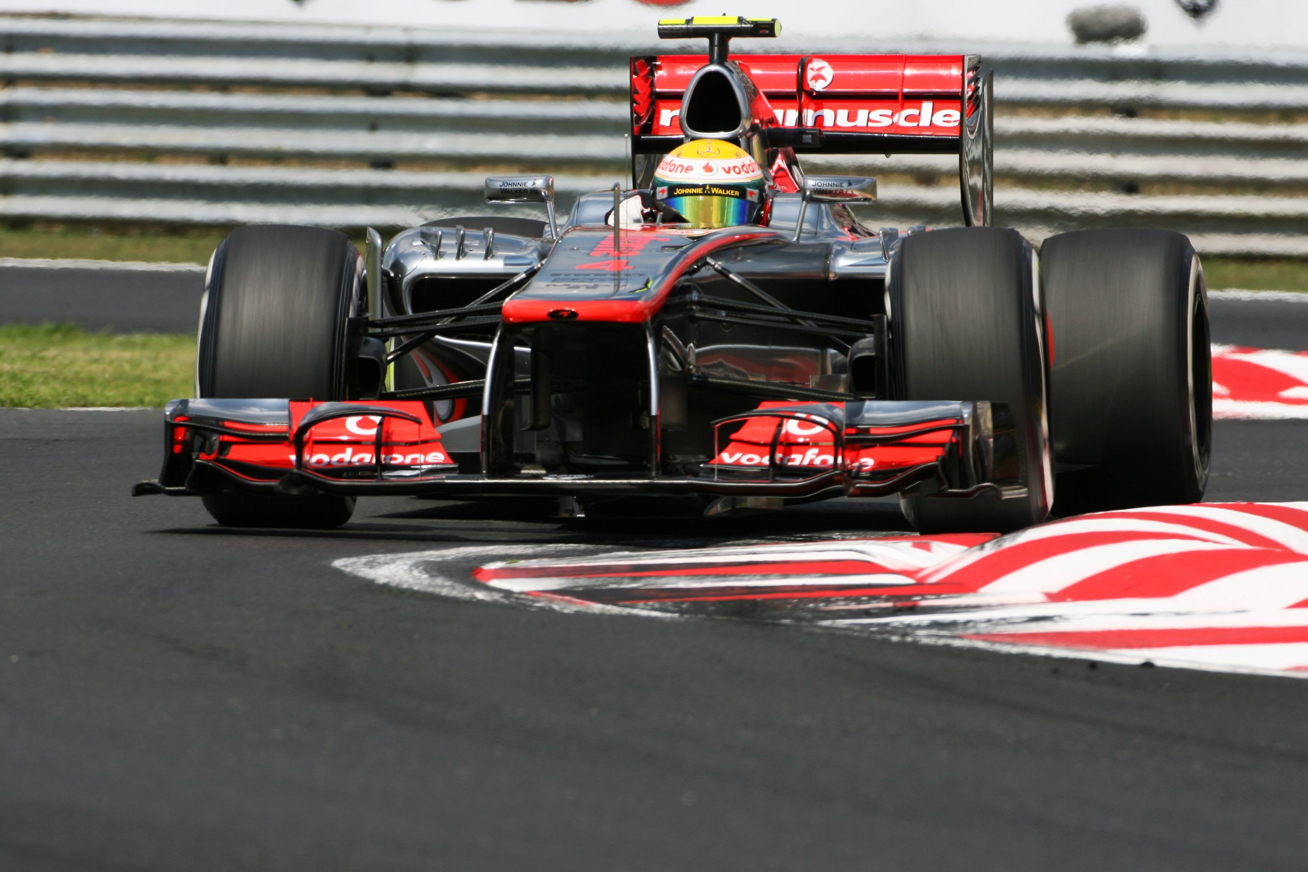 Defisit Terbesar Yang Telah Diatasi Oleh Lewis Hamilton Di Formula 1